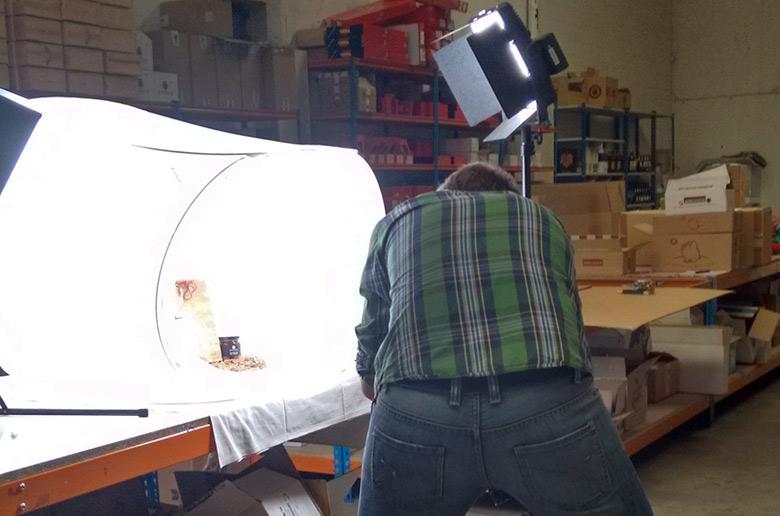 Fotografiando productos en Zaragoza para cestadenavidad.club