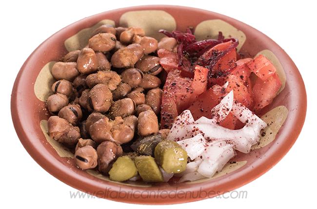Fotografía de platos árabes en el Bar Mr Dumbo (Zaragoza)
