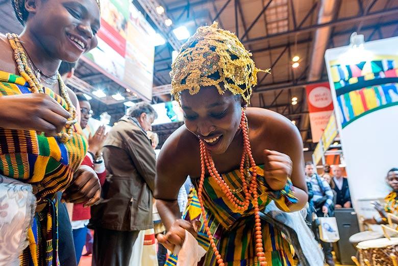 Danzas africanas en el Stand de Ghana de la Feria Internacional de Turismo de Madrid